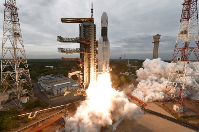 Photograph of the launch of the GSLV Mk-3 with the Chandrayaan 2 spacecraft by ISRO.